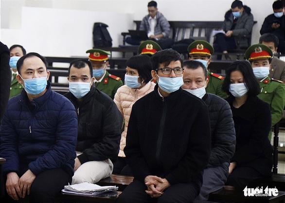 Bị hại vụ đa cấp Liên Kết Việt: Nghe nói mua hàng còn được tiền ai chả thích - Ảnh 2.