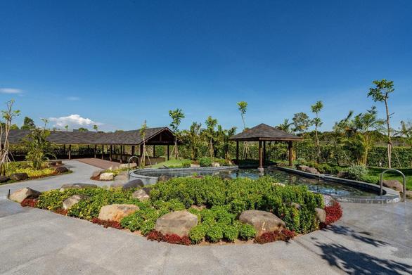 Đón năm mới 2021 tại suối khoáng nóng Minera Hot Springs Bình Châu - Ảnh 2.