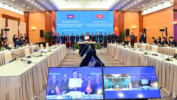 Thành quả cắm mốc biên giới Việt Nam - Campuchia chính thức có hiệu lực - Ảnh 1.