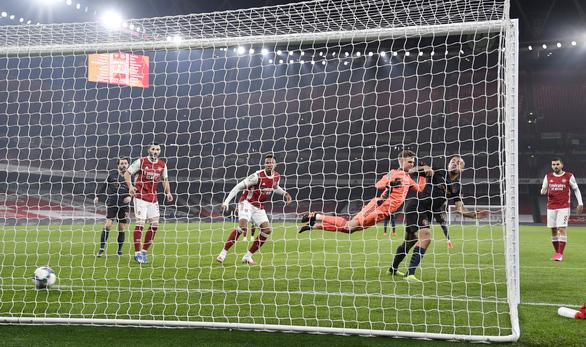Vùi dập Arsenal tại Emirates, Man City vào bán kết Cúp liên đoàn - Ảnh 2.