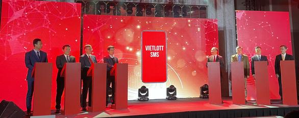 Vietlott chính thức bán vé số qua điện thoại - Ảnh 1.