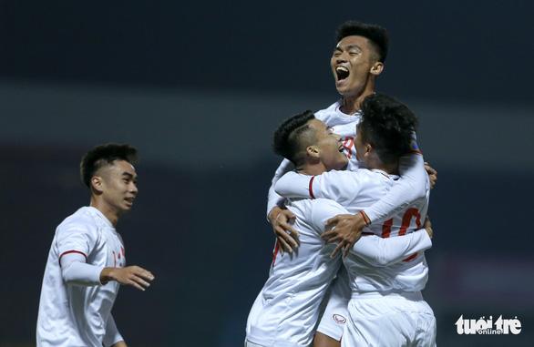 HLV Park Hang Seo giải thích lý do tuyển Việt Nam thua 2 bàn trước đội U22 - Ảnh 2.