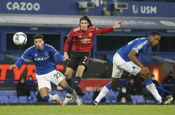 Bùng nổ những phút cuối, Man Utd đánh bại Everton và đi tiếp ở Cúp Liên đoàn - Ảnh 3.