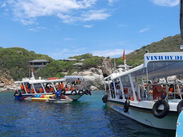 Khánh Hòa phát động chương trình kích cầu du lịch 2021 và bộ nhận diện logo, slogan mới - Ảnh 1.