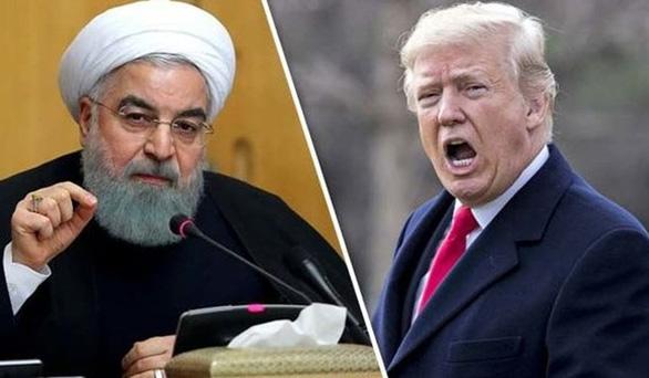Ông Trump: Nếu 1 người Mỹ bị giết, tôi sẽ bắt Iran chịu trách nhiệm' - Ảnh 1.