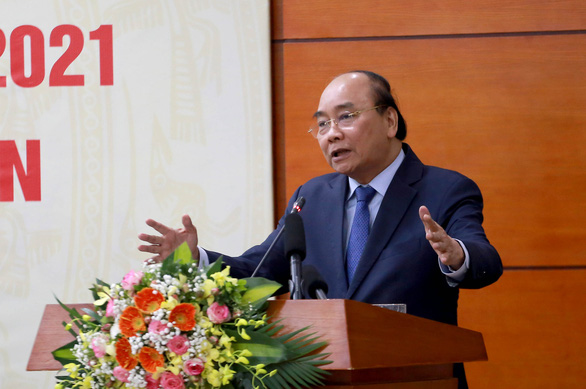 Thủ tướng Nguyễn Xuân Phúc: Tết này làm sao để giá thịt heo không cao? - Ảnh 2.