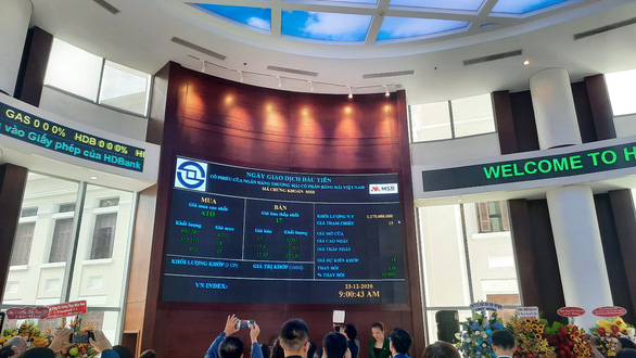 30,4 triệu cổ phiếu khớp lệnh, MSB ghi nhận sắc xanh phiên giao dịch đầu tiên - Ảnh 1.