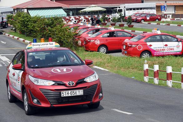 Dự kiến có thêm bài mô phỏng tình huống khi thi bằng lái ôtô - Ảnh 1.