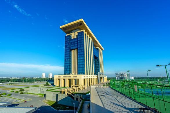 Lợi thế kinh doanh vượt trội của nhà phố thương mại hai mặt tiền Takara Residence - Ảnh 1.