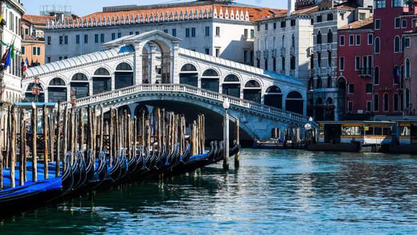Năm COVID 2020: 10 điều ngành du lịch được hưởng lợi - Ảnh 2.
