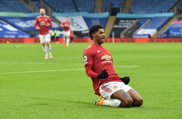 Man Utd bị Leicester cầm chân sau hai lần dẫn trước - Ảnh 1.