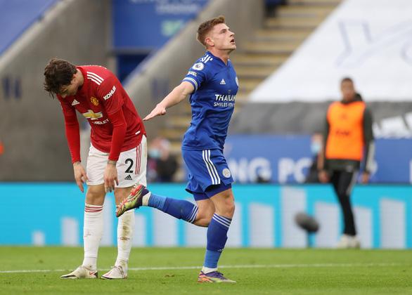 Man Utd bị Leicester cầm chân sau hai lần dẫn trước - Ảnh 2.