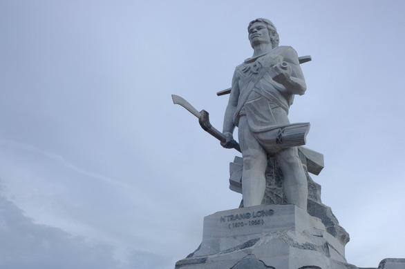 Đắk Nông hoàn thành công trình tượng đài N'Trang Lơng 167 tỉ đồng - Ảnh 1.