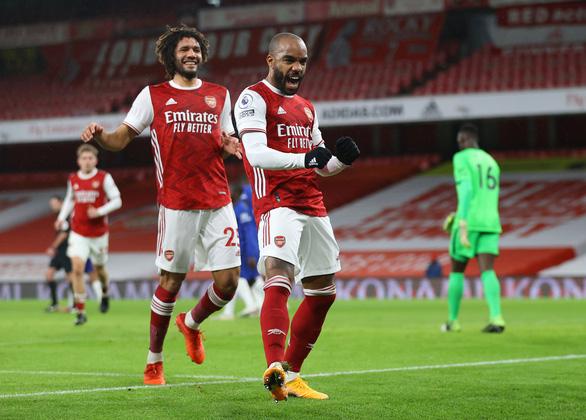 Arsenal thắng thuyết phục Chelsea trong trận derby London - Ảnh 1.