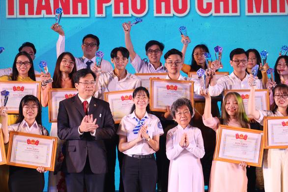Chị Phan Thị Thanh Phương tái đắc cử chủ tịch Hội Sinh viên VN TP.HCM - Ảnh 13.
