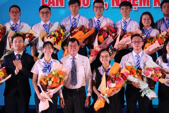 Chị Phan Thị Thanh Phương tái đắc cử chủ tịch Hội Sinh viên VN TP.HCM - Ảnh 11.