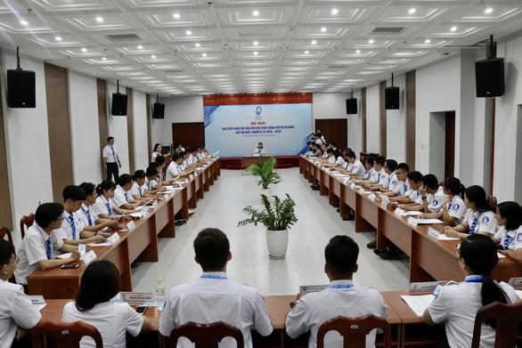 Chị Phan Thị Thanh Phương tái đắc cử chủ tịch Hội Sinh viên VN TP.HCM - Ảnh 8.