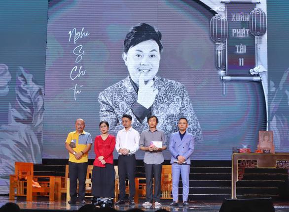 Hoàng Sơn diễn vai cuối thay nghệ sĩ Chí Tài, Hoài Linh cúi đầu cảm tạ - Ảnh 1.