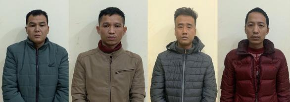 Bắt 4 người đàn ông đưa 9 người Trung Quốc nhập cảnh trái phép về Hà Nội - Ảnh 1.