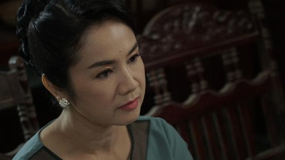 Thu Hà, Vân Dung, Hồng Diễm: Bất ngờ nữ cường trong Hướng dương ngược nắng - Ảnh 4.