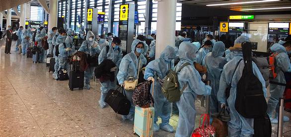 Đã đón hơn 75.000 người Việt về nước an toàn - Ảnh 2.