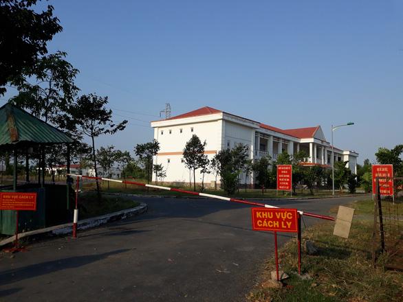 Việt kiều Canada nhập cảnh trái phép từ Campuchia về Cần Thơ âm tính COVID-19 - Ảnh 1.
