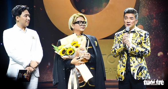 Chàng trai chăn bò Sô Y Tiết nhận giải truyền cảm hứng Tik Tok Awards - Ảnh 1.