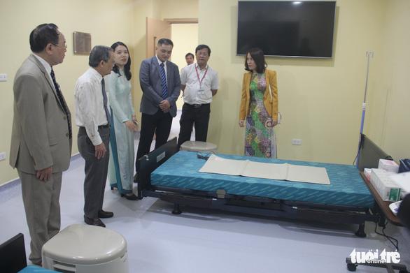 ĐH Duy Tân nhận phòng thực hành kỹ năng điều dưỡng đối tác Nhật tài trợ - Ảnh 2.