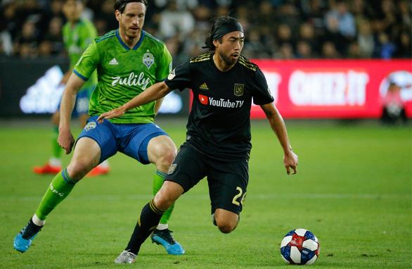 Tiền vệ Lee Nguyễn: Tôi muốn thi đấu ở AFC Champions League - Ảnh 1.