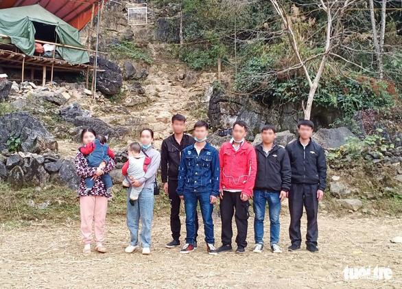 Phát hiện nhiều người nhập cảnh trái phép từ Trung Quốc vào Việt Nam - Ảnh 1.