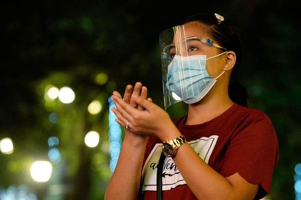 Đông Nam Á hối hả tìm mua vắc xin COVID-19 - Ảnh 1.