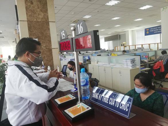Đến lượt Hiệp hội bất động sản TP.HCM nói ngành thuế 'chơi ép' doanh nghiệp - Ảnh 1.