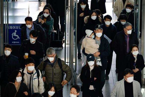 Campuchia thêm 6 ca nhiễm trong cộng đồng, Seoul siết chặt chống dịch COVID-19 - Ảnh 1.
