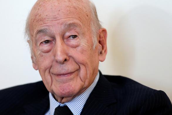 Cựu tổng thống Pháp Valery Giscard d'Estaing qua đời vì COVID-19 - Ảnh 1.