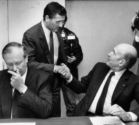 Cựu tổng thống Pháp Valery Giscard d'Estaing qua đời vì COVID-19 - Ảnh 3.
