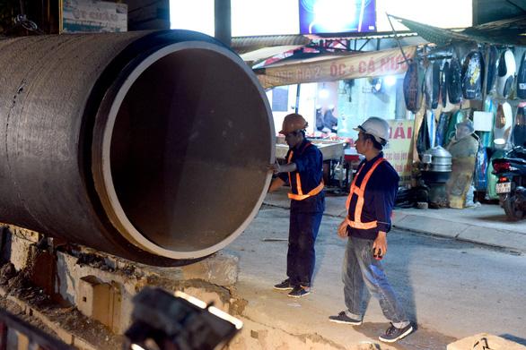 TP.HCM xây dựng đường ống khủng, mở rộng cấp nước về miền Tây - Ảnh 1.