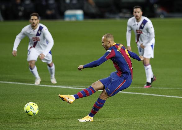 Vắng Messi, Barcelona hòa thất vọng trước Eibar - Ảnh 1.