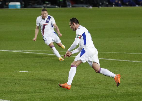Vắng Messi, Barcelona hòa thất vọng trước Eibar - Ảnh 2.
