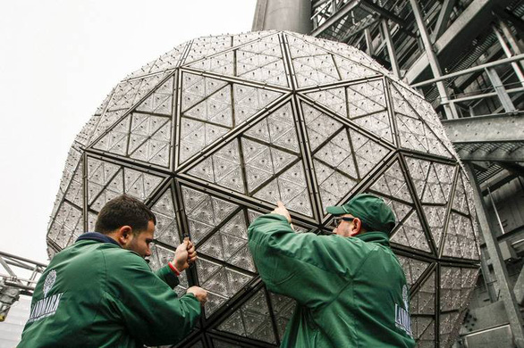 Hong Kong lần đầu tổ chức đón giao thừa trực tuyến - Ảnh 3.