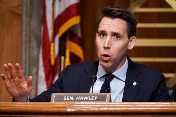 Thượng nghị sĩ Josh Hawley phản đối kết quả bầu cử, 100 nghị sĩ Cộng hòa nghe theo? - Ảnh 1.