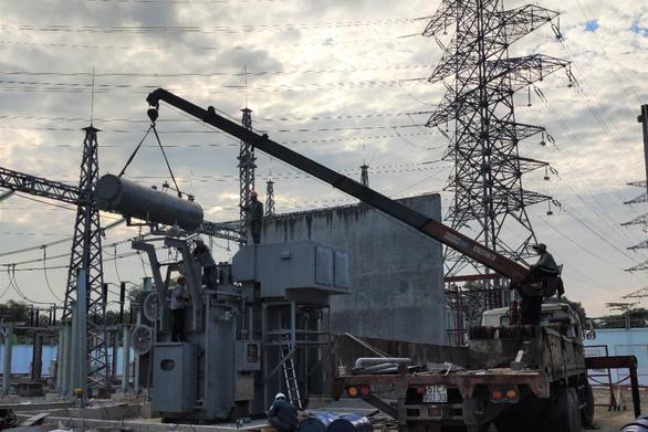 Máy biến áp thứ 2 trạm biến áp 110kV Phú Hòa Đông chính thức hoạt động - Ảnh 2.