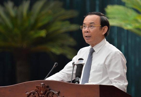 Bí thư Nguyễn Văn Nên: Mọi người phải lấy vụ khởi tố lây lan dịch COVID-19 làm gương - Ảnh 1.