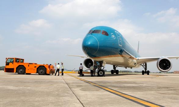Lập đoàn kiểm tra công tác phòng chống dịch COVID-19 của Vietnam Airlines - Ảnh 1.