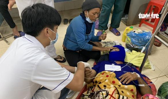 Hơn 150 người ở Gia Lai ngộ độc nghi do ăn xôi đoàn từ thiện - Ảnh 2.