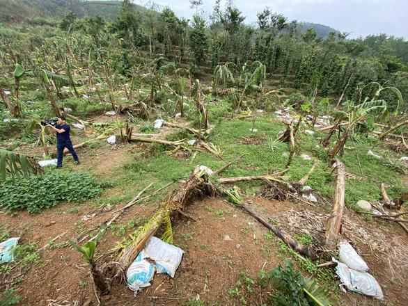 Ngân hàng bàn giải pháp hỗ trợ người dân bị ảnh hưởng bão lũ - Ảnh 2.