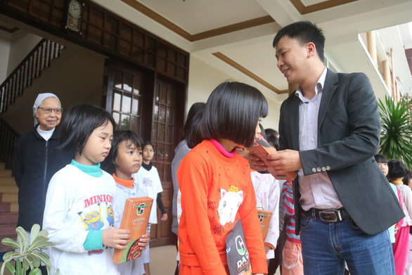 Tuổi Trẻ và Greenfeed Việt Nam mang thực phẩm sạch cho trẻ em tỉnh Thừa Thiên Huế - Ảnh 3.