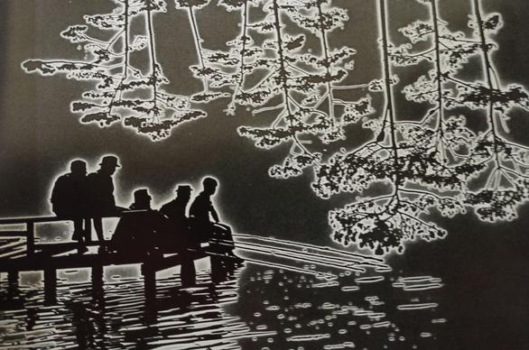 Nhiếp ảnh gia Nguyễn Bá Mậu: Người lưu giữ ký ức bằng ánh sáng - Ảnh 1.