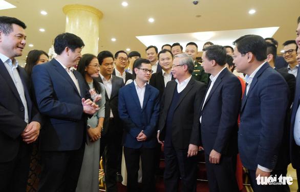Việt Nam chống đỡ được dịch bệnh do đồng lòng, xây dựng tốt y tế dự phòng  - Ảnh 1.