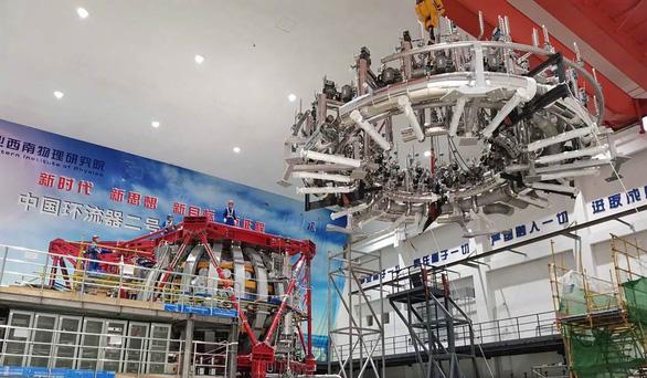Trung Quốc khởi động mặt trời nhân tạo nóng gấp 10 lần Mặt trời - Ảnh 2.