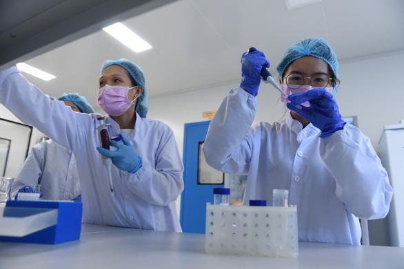 Ngày 10-12 bắt đầu tiêm thử vắc xin COVID-19 made in Việt Nam cho 20 người - Ảnh 1.